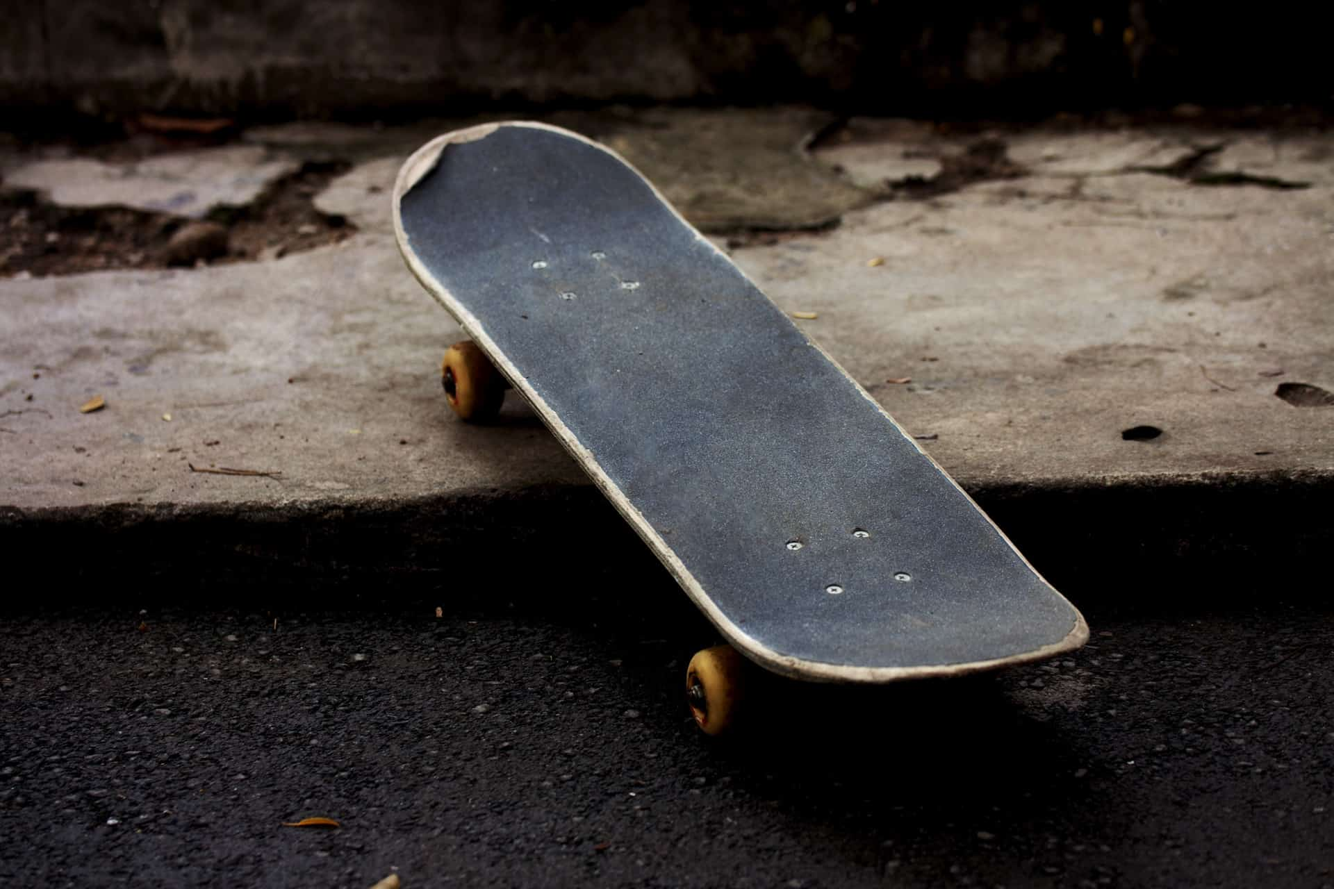 Are Blank Skateboards Worth Buying?
